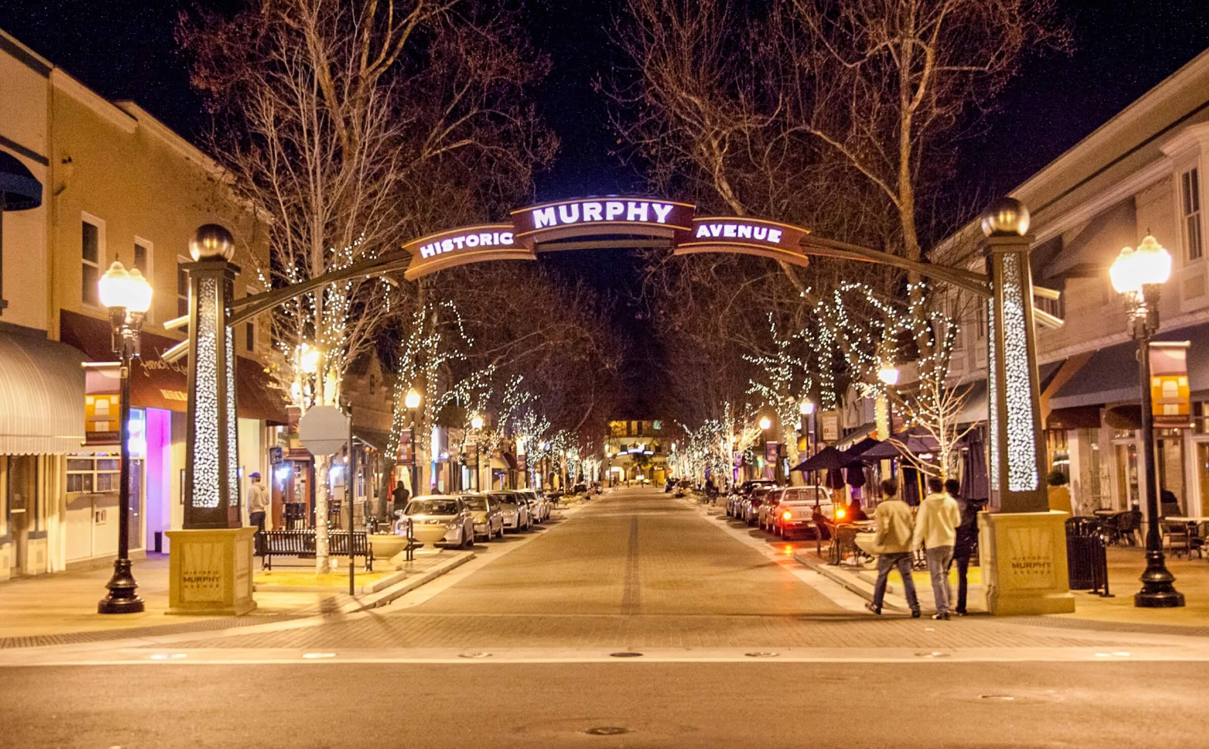 Historic Murphy Avenue in Sunnyvale at night